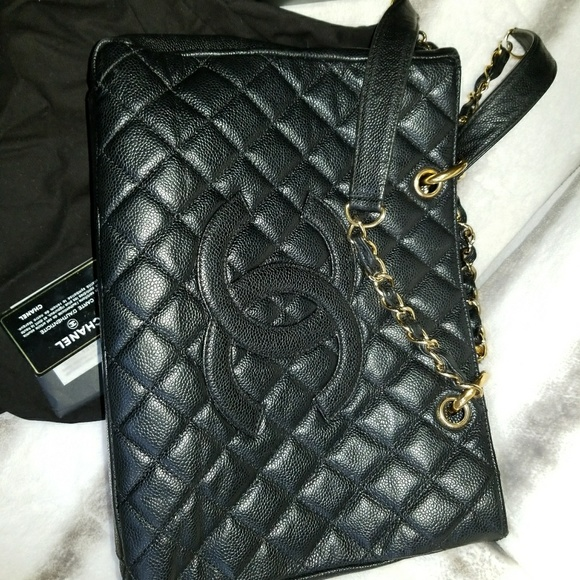8edd6dc37494 CHANEL Handbags - CHANEL GST (AUTHENTIC) BLK CAVIAR